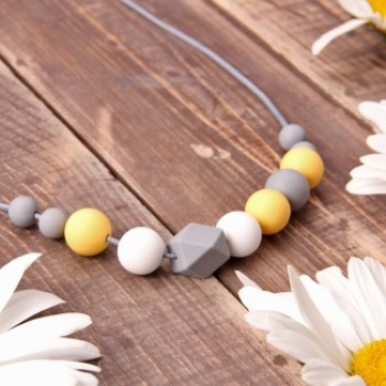 Baby wrap necklace Freesia